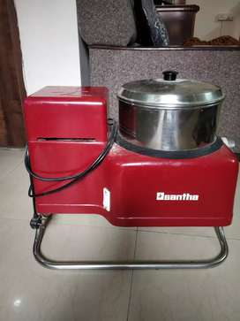 Santha Prima Grinder, excellent working condition, 2 year old