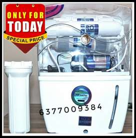 NEW RO WATER PURIFIER WITH 1 YEAR WARRANTY POIL