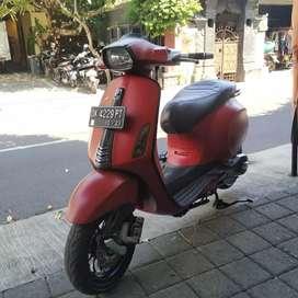 Bali dharma motor, jual Vespa sprint THN 2018 merah