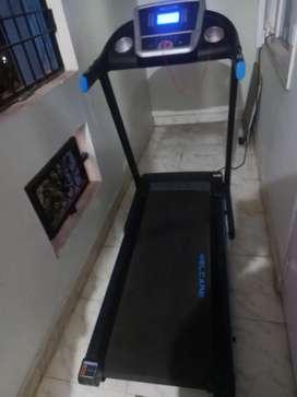 Motorized Treadmill. Model No . WC 3555