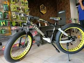 Brand New Luistone Fat Bike With 21 Gear
