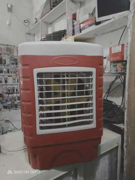 Soler and battery Mini Room Cooler