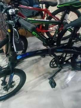 Sepeda lipat eksotik