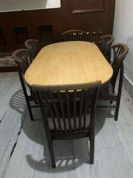 Wooden 6seater dining table