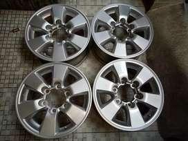 Hilux R15 Toyota hilux,ranger,triton pajero,fortuner,dmax,mux,terano