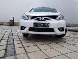 Nissan Dp 25 Jt Grand Livina SV 1.5 Cvt At 2017 Putih Murah Banget