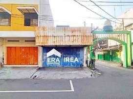 Ruang usaha disewakan di Gajahan, Pasar Kliwon, Solo