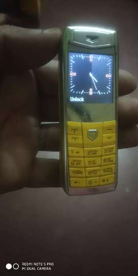 Kenzinda world's small dual sim mobile very good condition