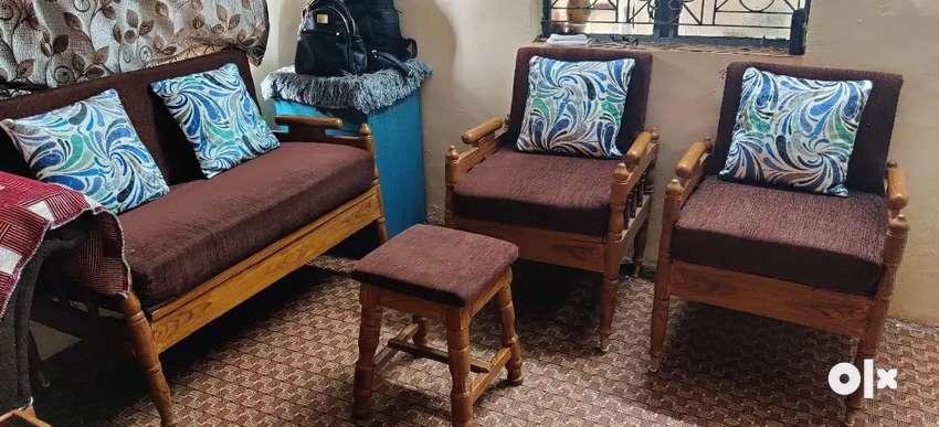 Sagoan sofa 5 seater 0