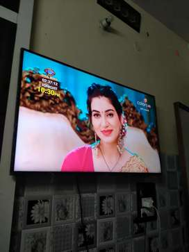 Hdk LED SONY 36 inch screen full HD top model