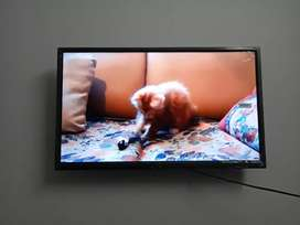 Hd quality of sony panel 32inch smart LED TV