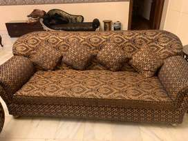 Sofa set 9 seater with centre table