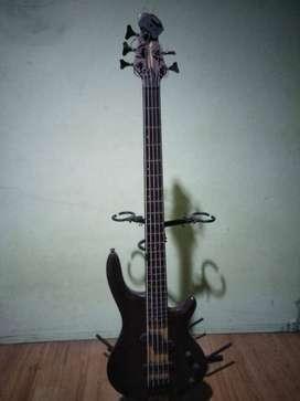 Bass Gillmore GB255