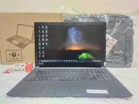 Laptop Toshiba Dynabook B55D