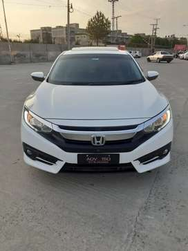 Honda civic 2017 UG FULL OPTION