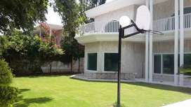 9 beds VIP house full safe location Islamabad for rent
