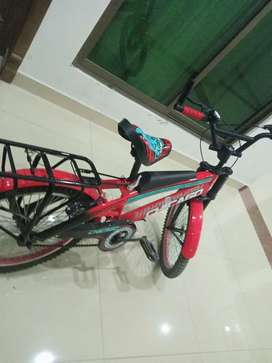 just few days used chicago company 9 to 12 years kids cycle