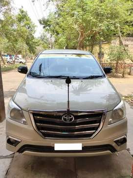 Toyota Innova 2012 Diesel 127000 Km Driven