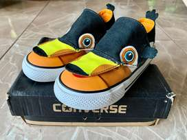 Sepatu anak Converse New