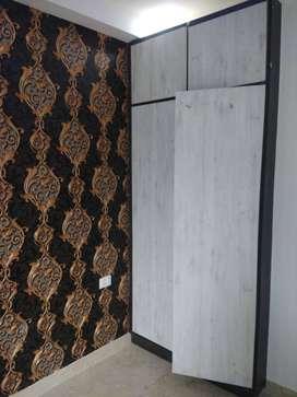 4 BHK, Semi furnished builders floor flat sale in Vasundhara, Sec-10.