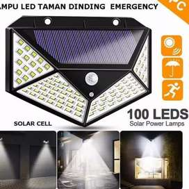 Lampu taman tenaga surya sensor