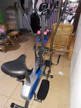 Sepeda lari 5 fungsi New Orbitrek plat 802 N