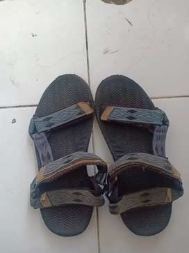 Dijual sendal sepatu Eiger