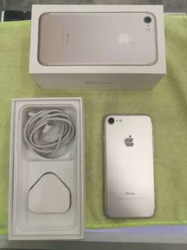 I PHONE 7 (32 GB )  WITH TWO DAY WARRANTY