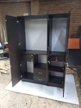 3 door in retail price in pune manufacture