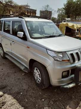 Mahindra drizzle silver color Tiptop condition 7 seater car