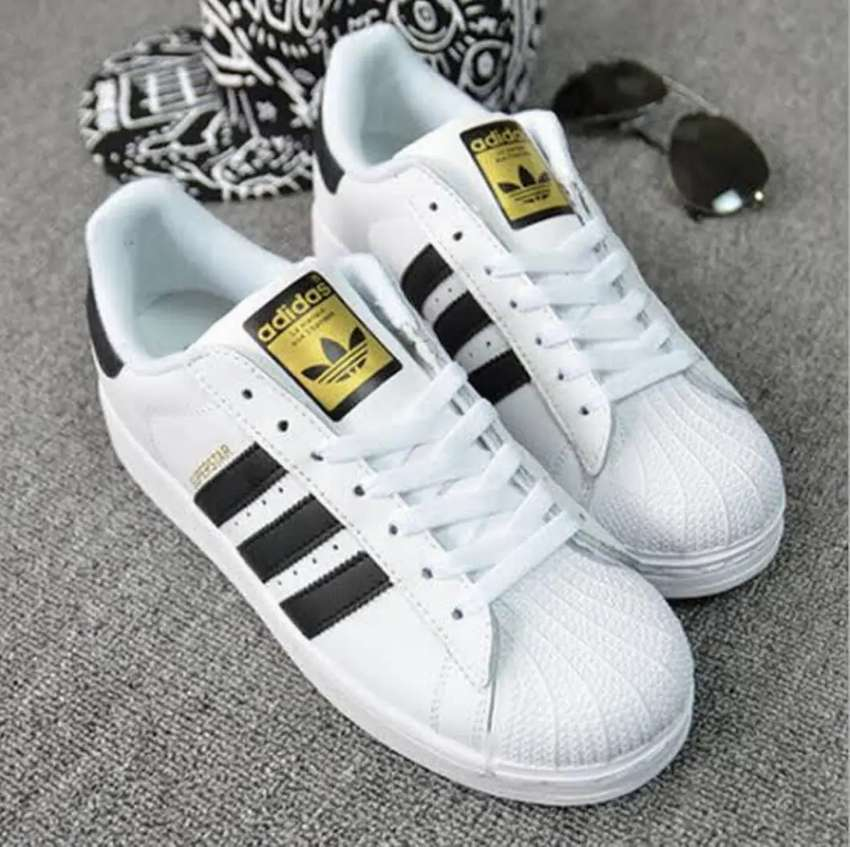 Superstar vietnam import white eid shoes. Only home delivery in Lahore 0