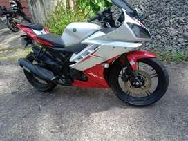 Yamaha R15 2013 model
