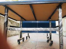 A full standard size foldable table tennis