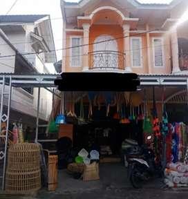 Over kontrak Ruko 2 tingkat ,Lokasi pusat Pasar Batusangkar