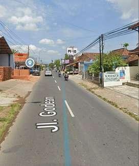 Pas Tuk Indomaret maupun Ruko Tanah Pinggir Jalan Utam Godean.