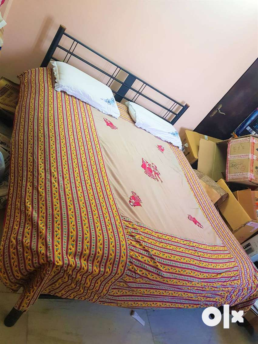 Iron Double Bed (Dismantlement) with Mattress 0