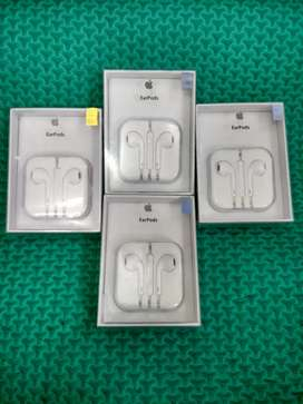 EARPODS IPHONE 6G,6S,6+,6S+ original product ( tombol volume OK )