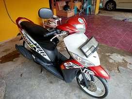 Dijual motor Yamaha Mio pakaian sendiri