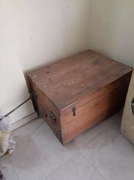 Storage box & Setthi