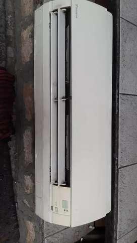 Ac daikin 11/2pk asli jepang dijamin dingin n kuat