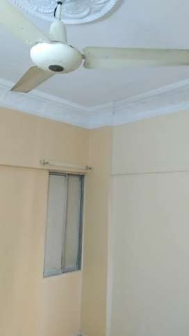 3 bed DD 1st floor west open at main road, boundary wall project