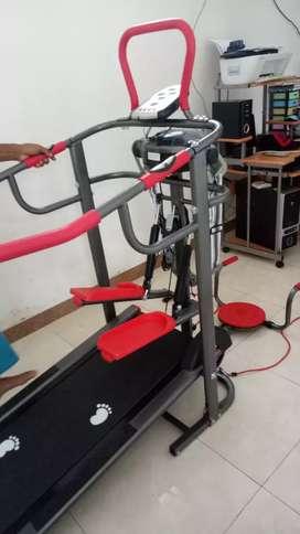Treadmill lengkap 7f GRADE A