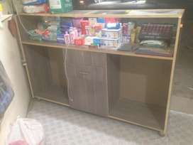 shop counter aur shelf