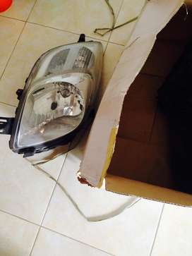 Dijual head lamp yaris 2008 original mulus.