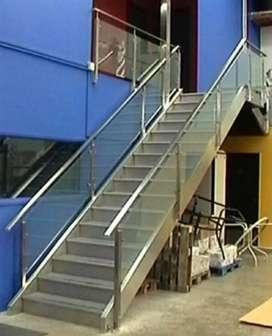 Kami bengkel las beroka nerimah pembuatan reling tangga stanlis @4549