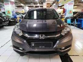 Honda HR-V tipe S CKD MT 1.5 tahun 2017 warna Abu abu