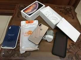 iPhone xs max 64gb fullset ORI sangat BAGUS