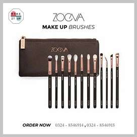 ZOEVA hair brushes