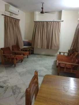 Prime location 3 bhk duplex with modern amminities for rent manjalpur