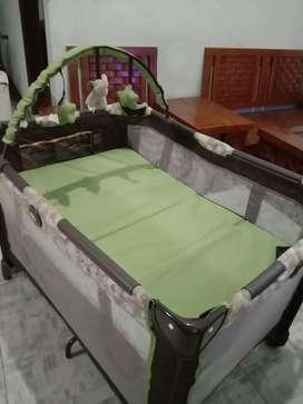 Box Bayi Ranjang Tempat Tidur Bayi Graco Pack 'n Play on the Go